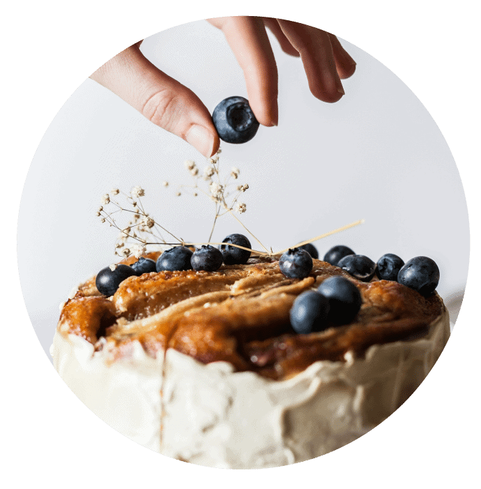 When you quit diets, you can eat cake like this banana and blueberry cake without feeling guilt